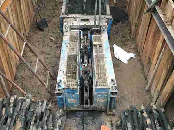 清淤涨拉管设备